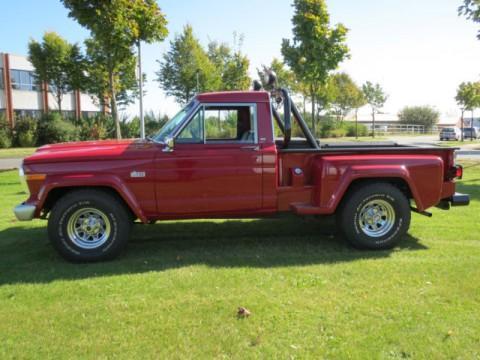 1982 Jeep J10 PICKUP, 5,7l na prodej