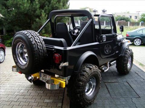 1985 Jeep CJ7, V8 na prodej