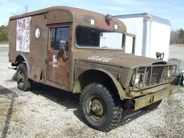 1968 Jeep Kaiser 3520 ambulance 4×4