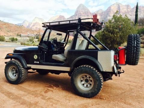 1986 Jeep CJ Fuel Injected Winch na prodej