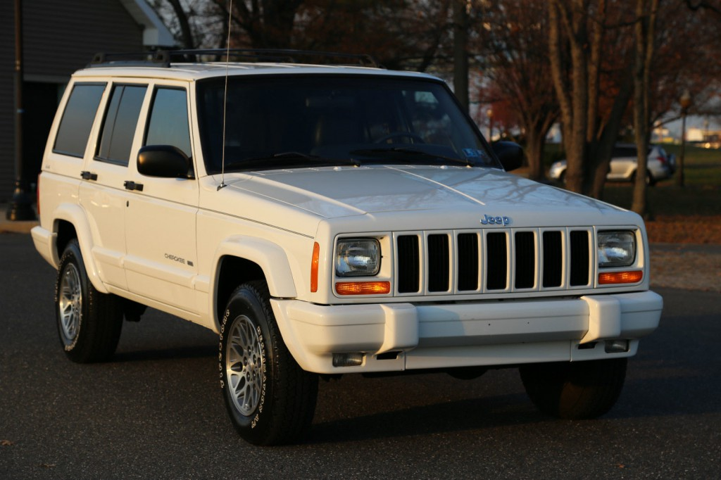 1999 Jeep Cherokee LIMITED XJ na prodej