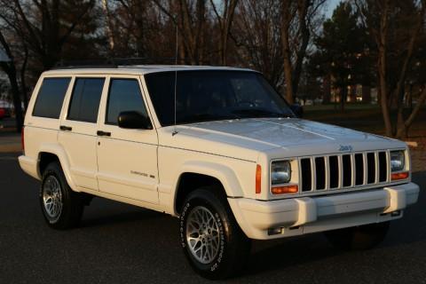 1999 Jeep Cherokee XJ na prodej