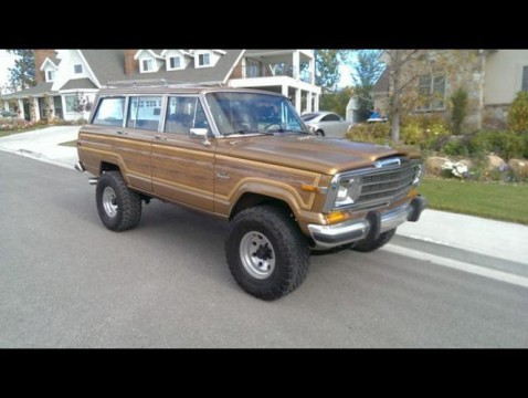 1986 Jeep Grand Wagoneer na prodej
