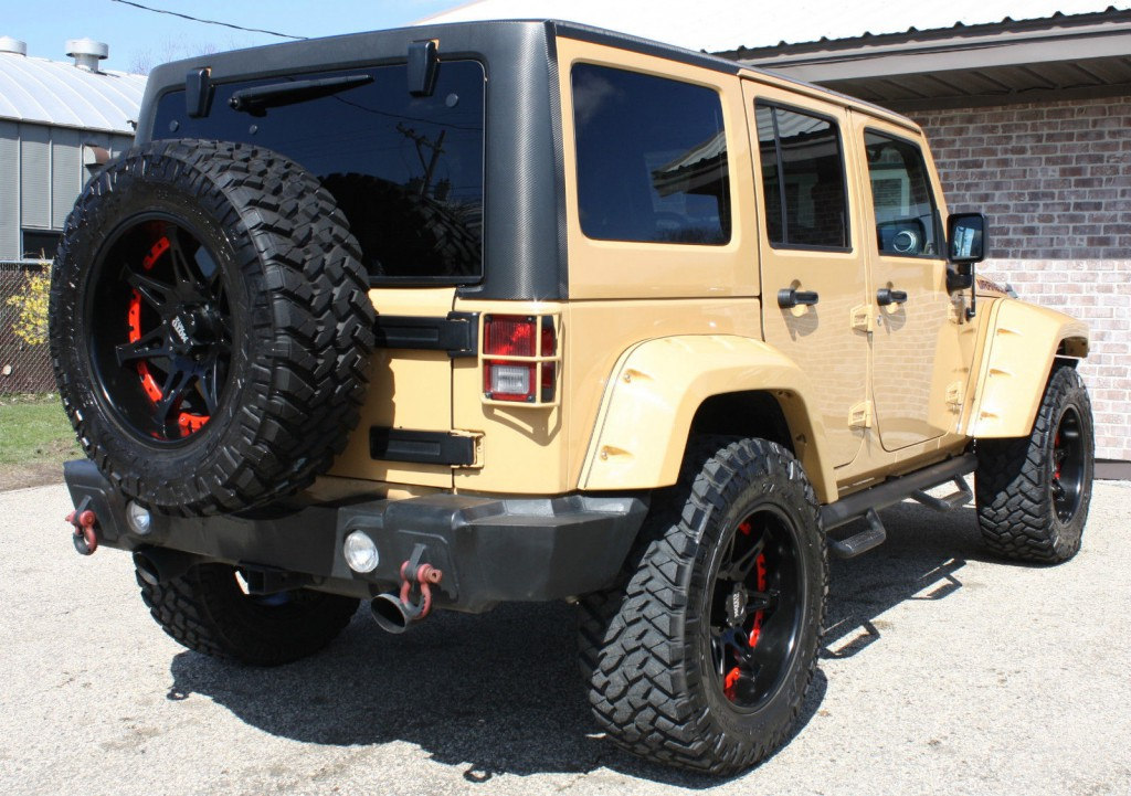2013 jeep wrangler sahara lift na prodej. Black Bedroom Furniture Sets. Home Design Ideas