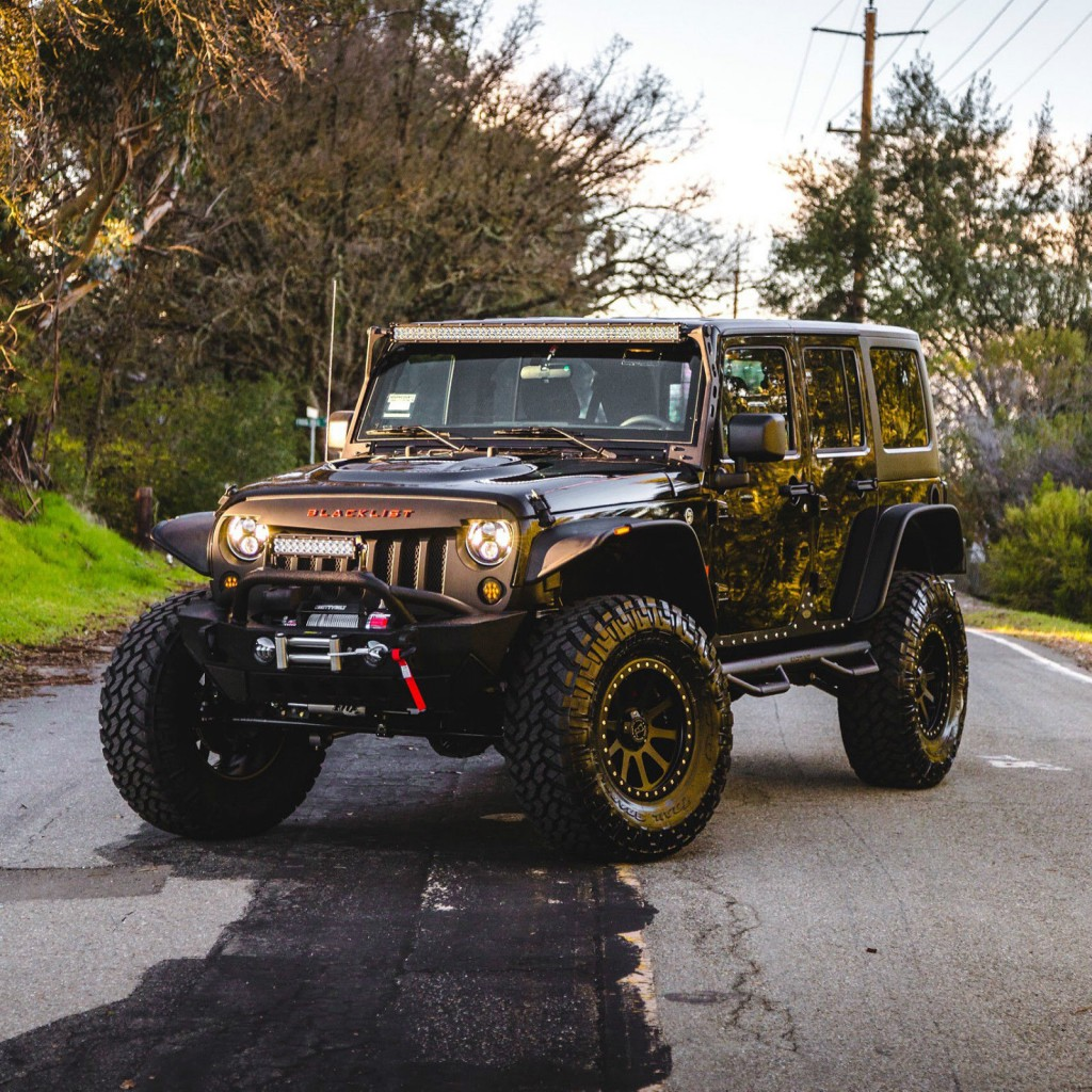 2016 jeep wrangler unlimited sport 4wd na prodej. Black Bedroom Furniture Sets. Home Design Ideas