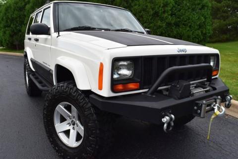 2001 Jeep Cherokee XJ 67k Miles Nitto Rubicon Express Lift na prodej