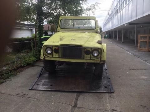 1967 jeep Kaiser m715 na prodej