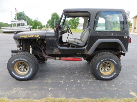 1995 Jeep Wrangler 360 V8 Off Road Project na prodej