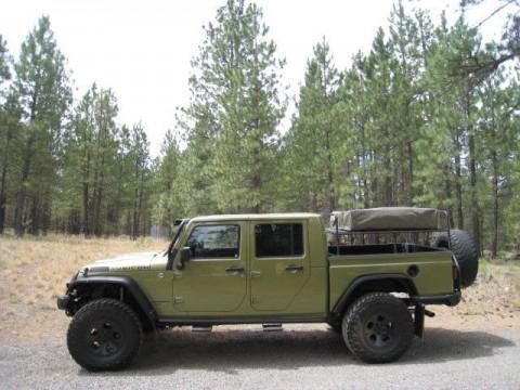 2013 Jeep Wrangler Rubicon Double Cab Pickup Brute na prodej