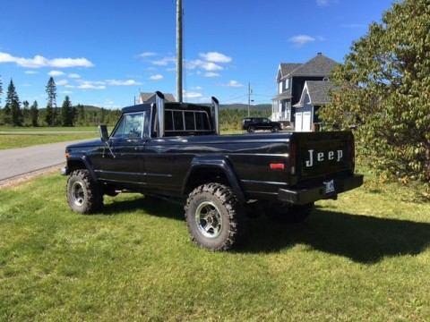 1986 Jeep Gladiator na prodej