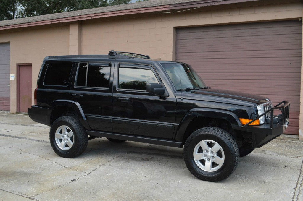 2008 jeep commander sport luxury na prodej. Black Bedroom Furniture Sets. Home Design Ideas