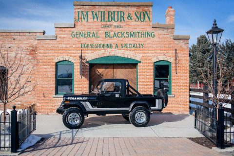 1982 Jeep Scrambler Novak 5.3L LS Conversion 1000 Miles Black Truck Novak 5.3LL na prodej