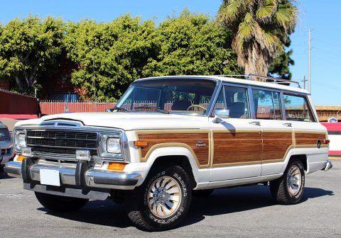 1986 Jeep Grand Wagoneer 5.9l na prodej