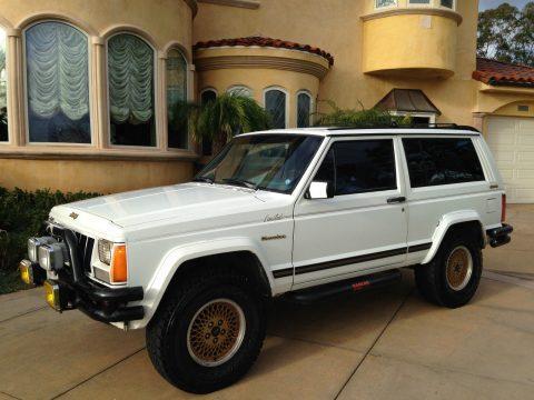1989 Jeep Cherokee XJ Limited Sport 2-Door 4.0L na prodej