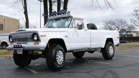 1977 Jeep J20 base, 5.9l na prodej