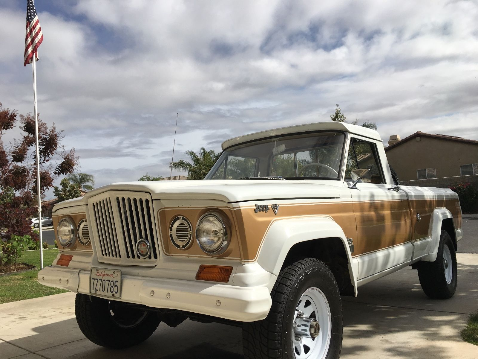 1966 Jeep Gladiator J2000 4X4 lifted na prodej