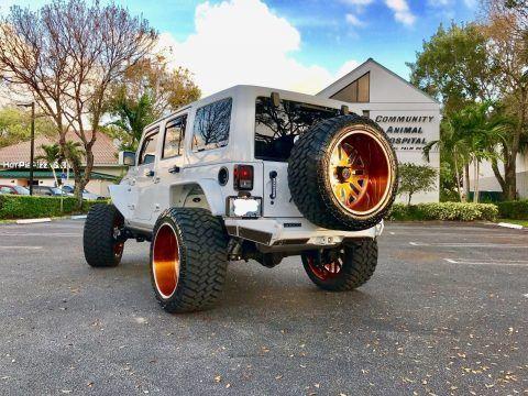 2016 Jeep Wrangler 75th Anniversary Sahara na prodej