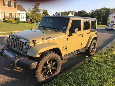 2013 Jeep Wrangler Unlimited Sahara Freedom Edition na prodej