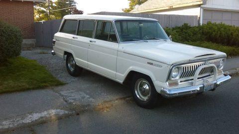 1967 Jeep Wagoneer WAGONEER na prodej