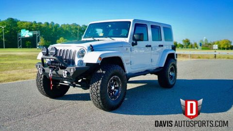 2014 Jeep Wrangler Sahara, Leather, Navigation, LOADED na prodej