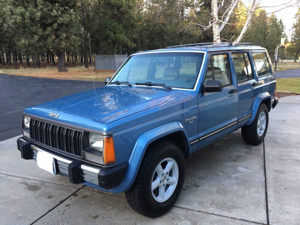 1989 Jeep Cherokee Pioneer