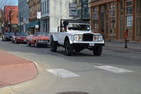 1967 Jeep Kaiser classic  M 715 na prodej