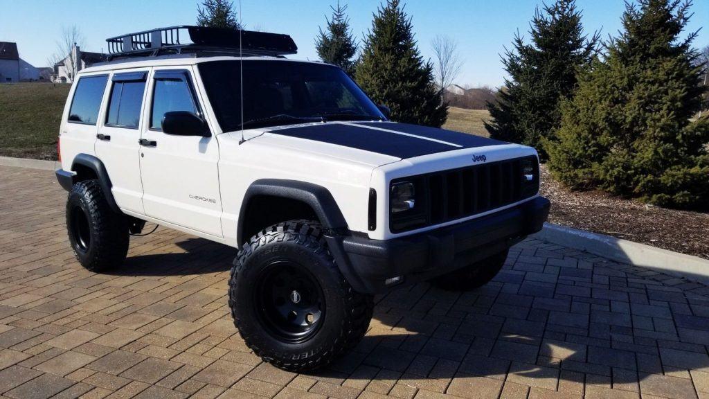 1998 Jeep Cherokee Sport XJ 4X4 LOW Miles Fresh BUILD
