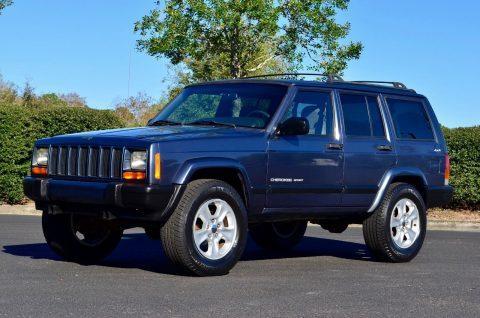 2001 Jeep Cherokee Sport XJ 4WD na prodej