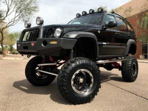 2005 Jeep Liberty Renegade 4X4 $50k Custom! ONLY 6k MILES! na prodej