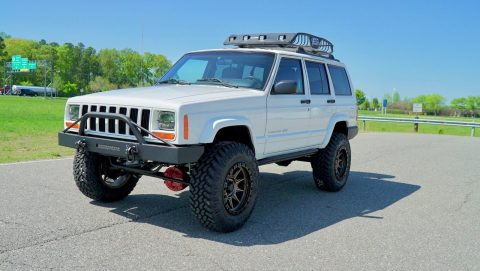 1999 Jeep Cherokee NEW Lift, Steering, Wheels, Tires, & MORE na prodej
