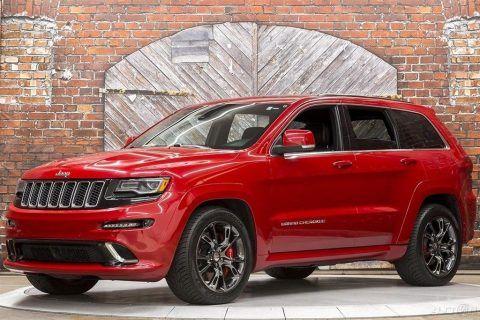 2014 Jeep Grand Cherokee SRT na prodej