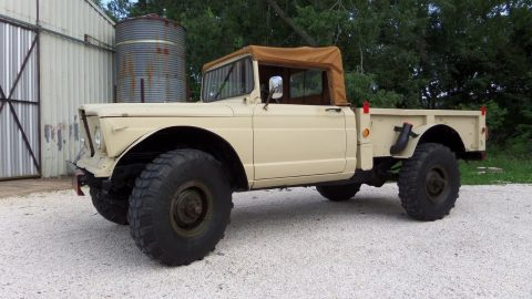 1967 Jeep Kaiser  EX Military 2 door soft top na prodej