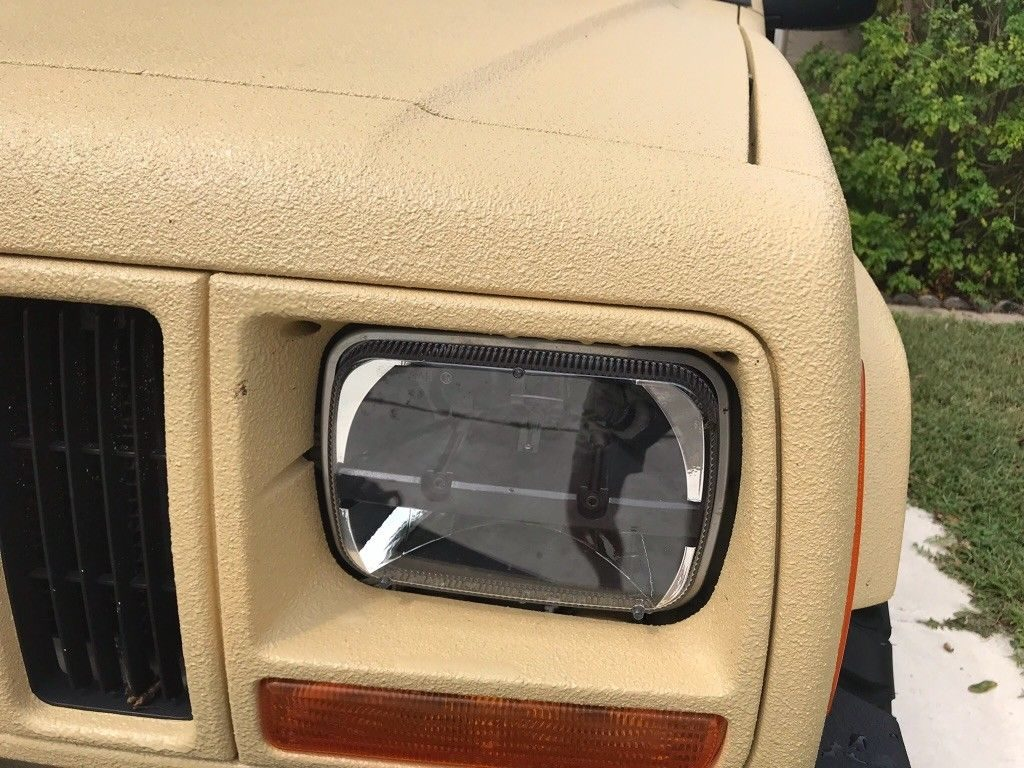 2000 Jeep Cherokee 4×4 sport