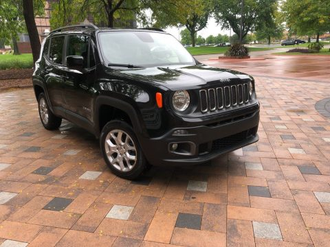 2017 Jeep Renegade Latidude/4×4/backup Camera/bucket SEATS na prodej