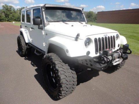 2013 Jeep Wrangler Sahara na prodej
