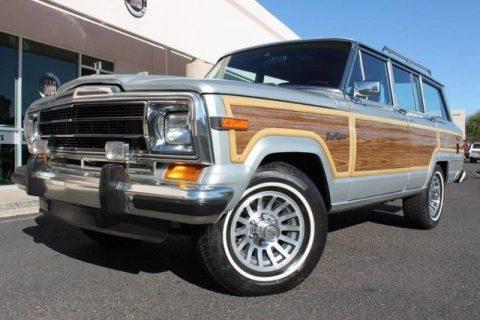 1989 Jeep Grand Wagoneer na prodej