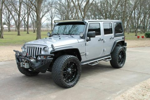 2013 Jeep Wrangler Unlimited Sport Customized na prodej