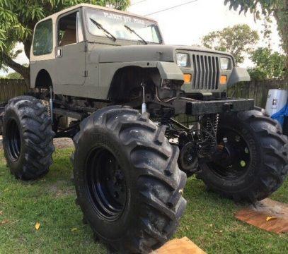 1989 Jeep Wrangler Sahara on 56″ tires na prodej