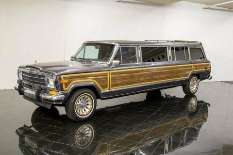 1988 Jeep Grand Wagoneer Limousine na prodej