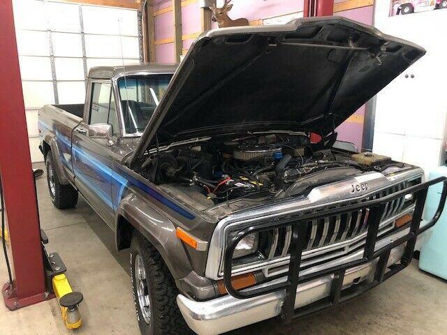 1981 Jeep J10 Laredo