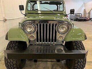 1983 Jeep CJ Scrambler na prodej