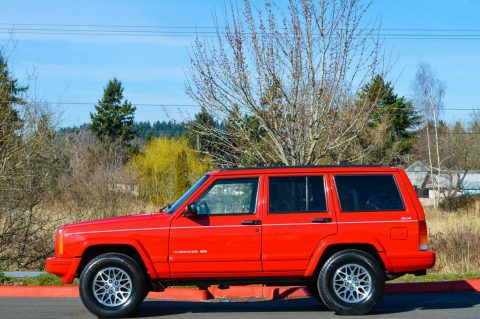 1998 Jeep Cherokee ~ 4X4 ~ 86K MILES na prodej