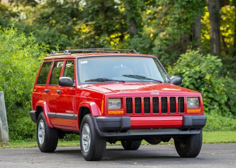 2001 Jeep Cherokee Sport 95K 4WD 4.0L Serviced 4×4 Carfax Southern! na prodej