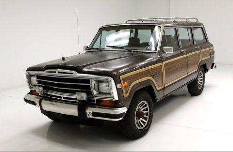 1988 Jeep Grand Wagoneer na prodej