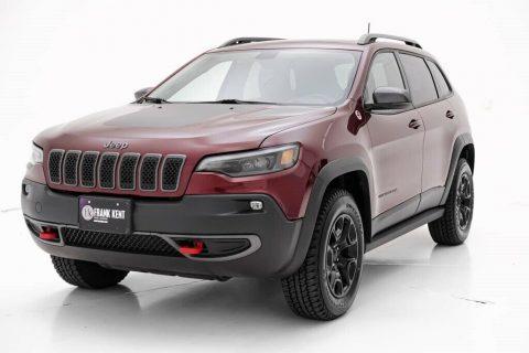 2020 Jeep Cherokee Trailhawk na prodej