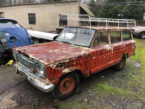 1967 Jeep Wagoneer na prodej