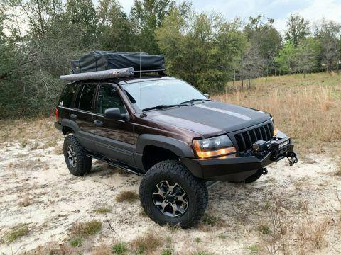 2004 Jeep Grand Cherokee Laredo na prodej