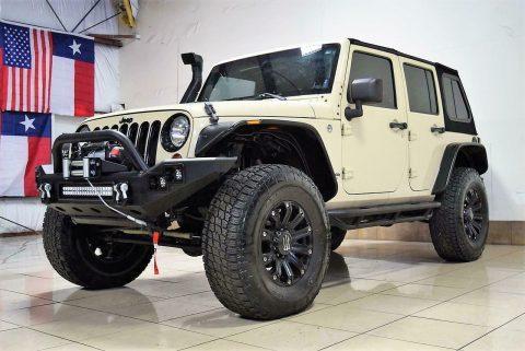 2011 Jeep Wrangler Sahara Lifted 4X4 OFFROADING na prodej