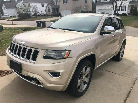 2014 Jeep Grand Cherokee OVERLAND na prodej