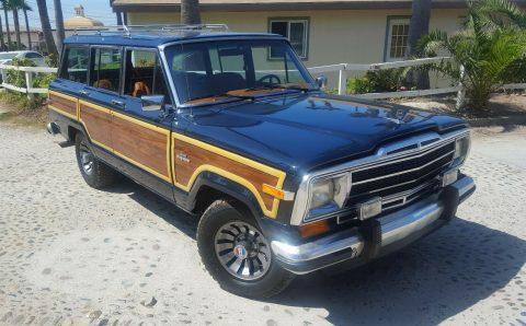 1984 jeep Grand wagoneer na prodej